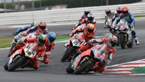 SBK | Fores sale sul podio nella Race of Champions