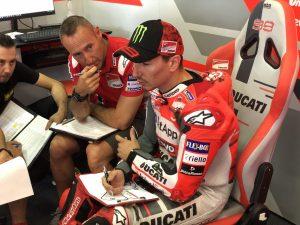 MotoGP | Gp Sachsenring: Il dettaglio del nuovo serbatoio di Lorenzo [VIDEO]