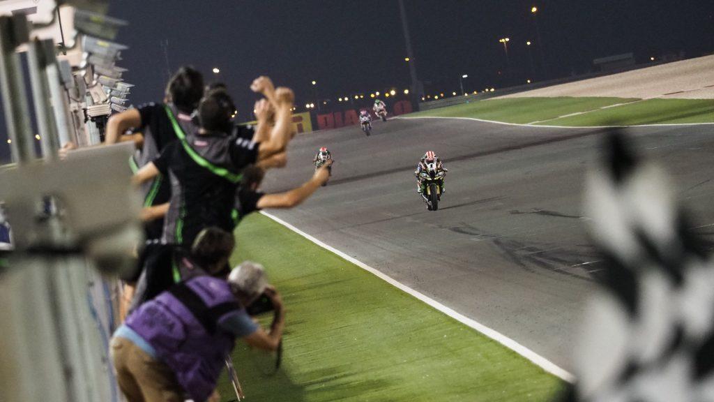 SBK | Pirelli Qatar Round, Gara1: sempre e solo Jonathan Rea