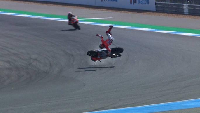 MotoGP | Gp Thailandia Day 1: Jorge Lorenzo in ospedale dopo la caduta nelle FP2 [Video]