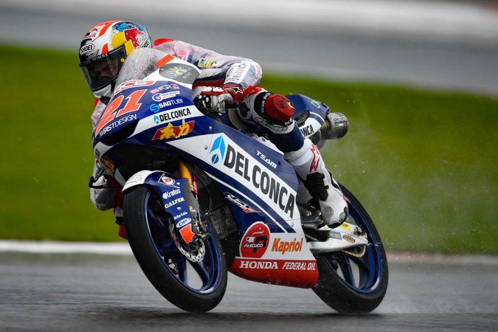 Moto3, FP2: Lopez davanti a tutti, 2° Bezzecchi