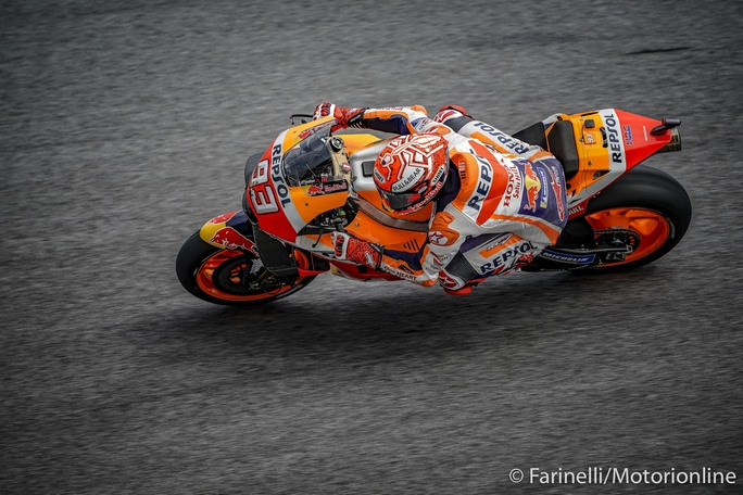 MotoGP | Gp Malesia FP4: Marquez prima della pioggia, Dovizioso è terzo