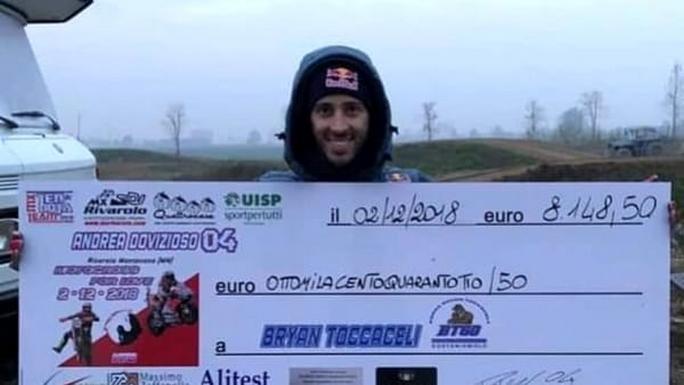 MotoGP: Andrea Dovizioso aiuta Bryan Toccaceli