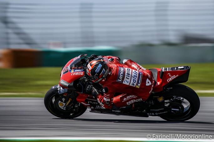 MotoGP | Test Sepang Day 3: Sessione in corso, dominio Ducati, Petrucci in testa