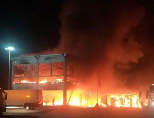 MotoE | Test Jerez: incendio nella struttura che ospita le moto [VIDEO E FOTO]