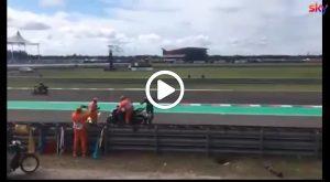 MotoGP | Gp Argentina: Rossi festeggia, un marshall ne approfitta e salta in sella alla M1 [VIDEO]