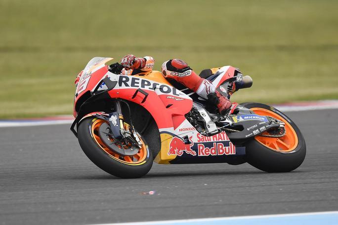 MotoGP | Gp Jerez FP1: Doppietta Honda con Marquez e Lorenzo, Rossi diciottesimo