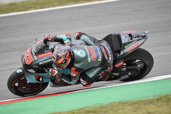 MotoGP | Gp Barcellona: Strepitosa pole di Quartararo, seconda fila tutta italiana