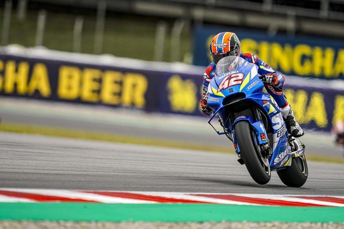 MotoGP | Gp Barcellona FP3: Rins il più veloce, Rossi è quarto