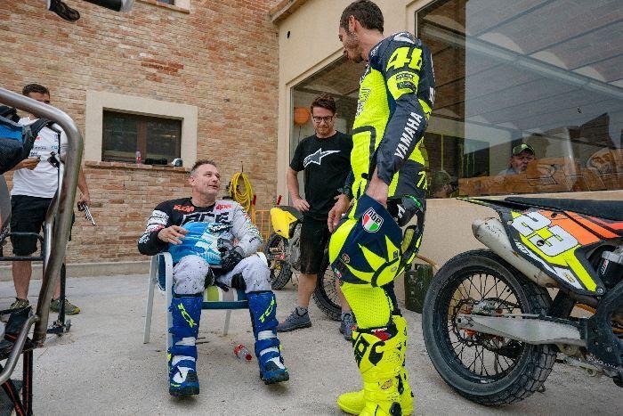 MotoGP | Valentino Rossi e Nicola Dutto, sfida al Ranch