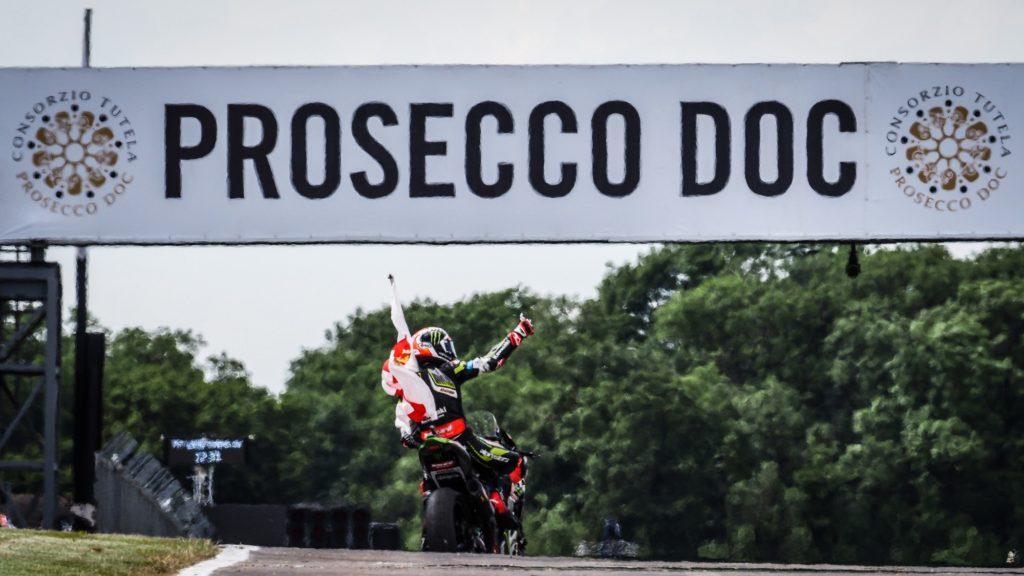 Superbike | Round Donington, Gara2: per Rea é la prima tripletta della stagione