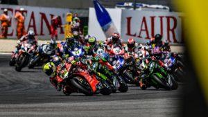 "Superbike | Round Donington: una pista ""sacra"" per un duello entusiasmante"