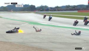MotoGP | Gp Silverstone Gara: Caduta Dovizioso, escluse complicazioni