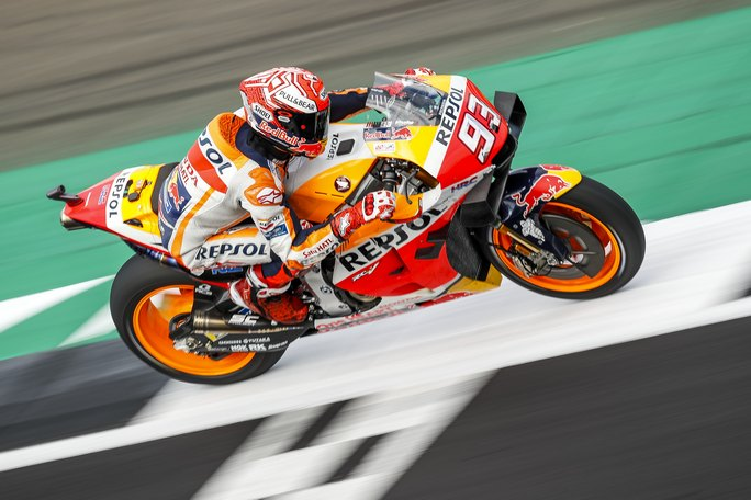 MotoGP | Gp Silverstone Qualifiche: Marquez batte Rossi, Dovizioso è settimo [VIDEO]