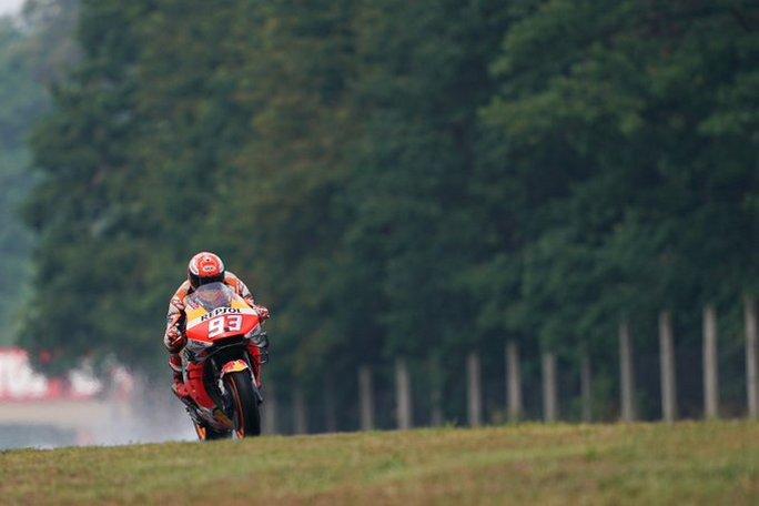 MotoGP | Gp Brno Qualifiche: Marquez show, a lui la pole