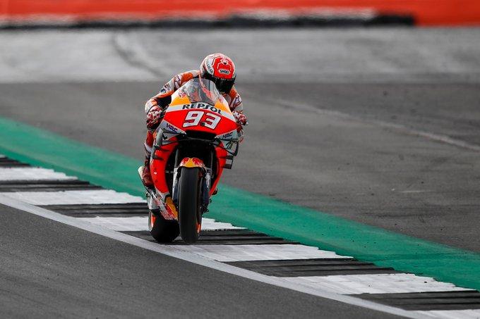 MotoGP | Gp Silverstone FP2: Marquez detta il passo, Vinales insegue [VIDEO]