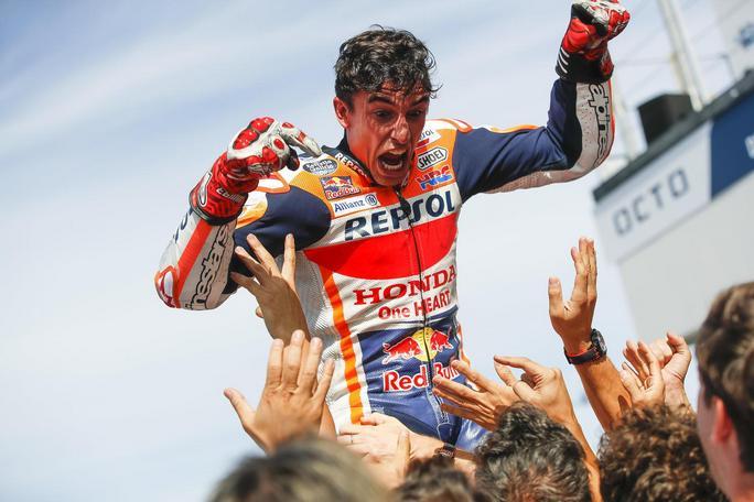 MotoGP | La gallery del Gp di Misano: Marquez, urlo liberatorio, Quartararo, è nata una stella