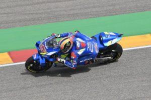 MotoGP | Gp Aragon FP3: Rins primo con le slick, Marquez ai box per non rischiare