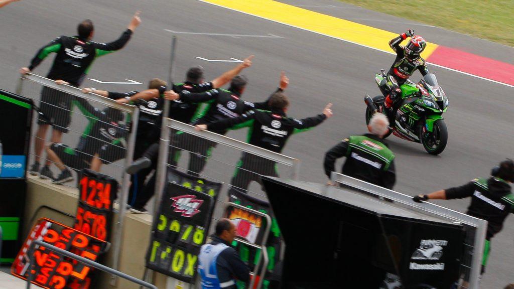 Superbike | Round Argentina, Tissot Superpole Race: Rea si riprende la vittoria