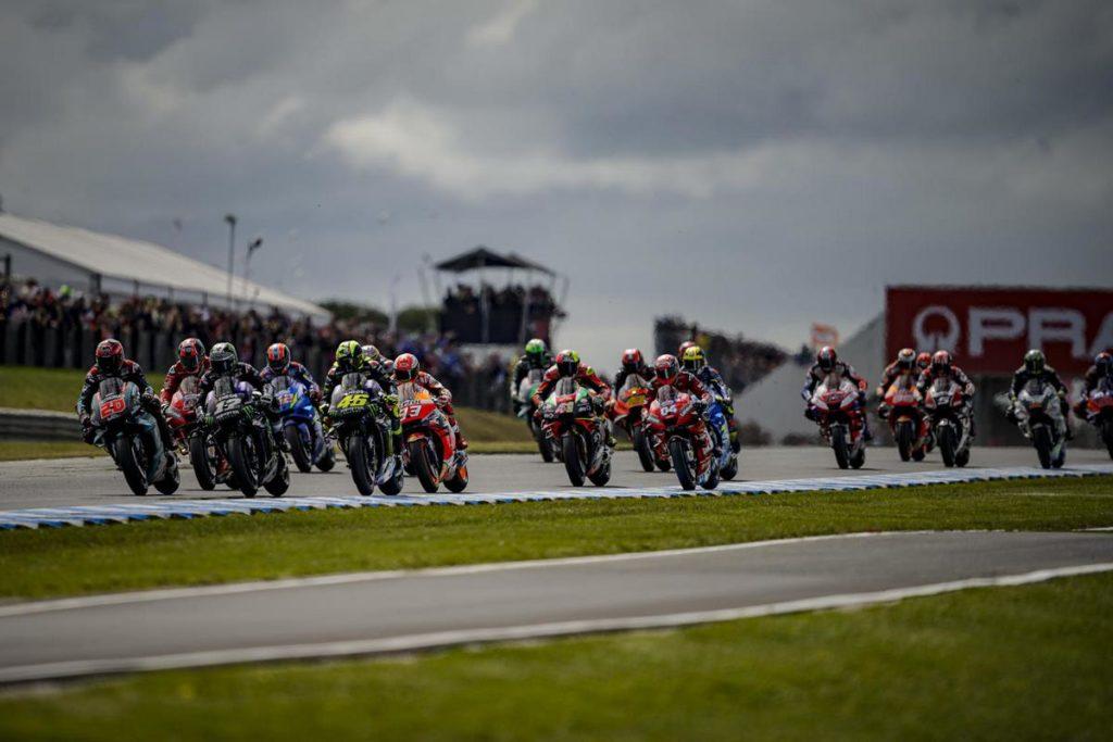 "MotoGP | La gallery del Gp d'Australia: Marquez ""doma"" Vinales, Crutchlow e Miller a podio"