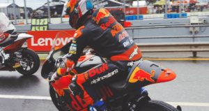 Moto2 | Gp Australia FP1: Martin beffa Bulega sul bagnato