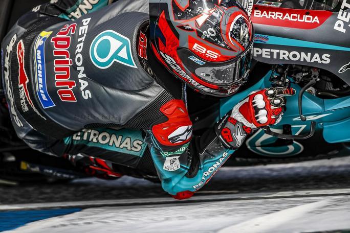 MotoGP | Gp Thailandia Qualifiche: Quartararo pole d'autore, Rossi è nono