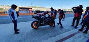 MotoGP | Test Valencia Day 1: Quartararo chiude al Top, tante le cadute