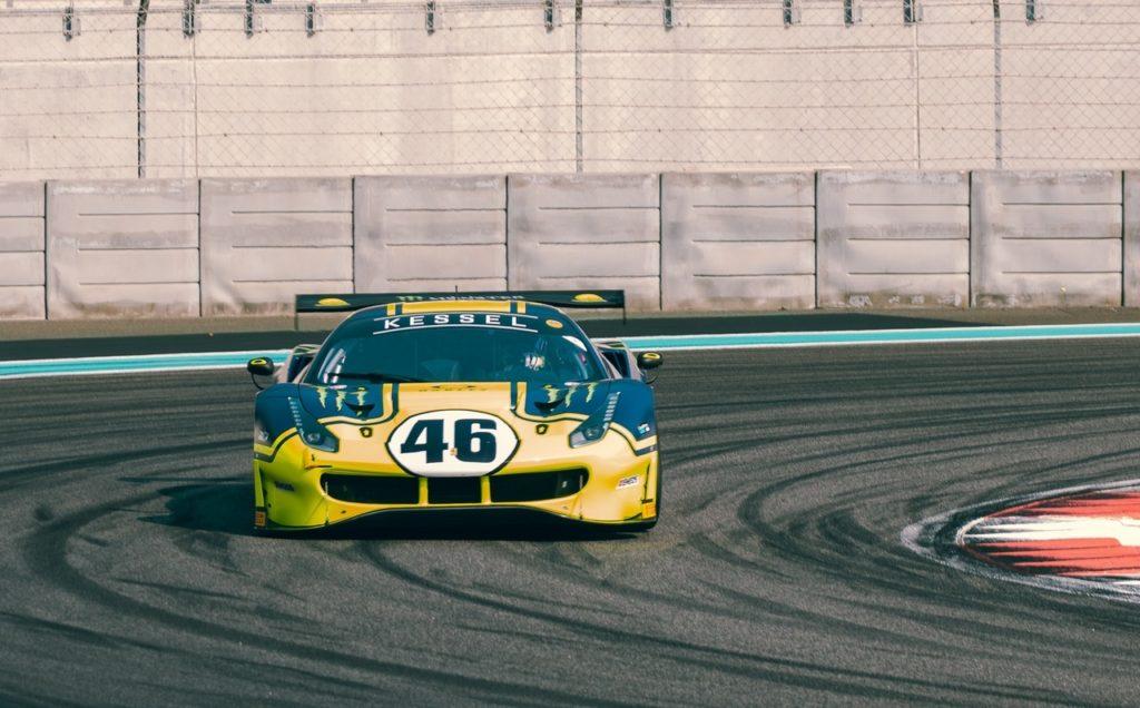 12 ore di Abu Dhabi: Valentino Rossi show, primo di categoria e terzo assoluto