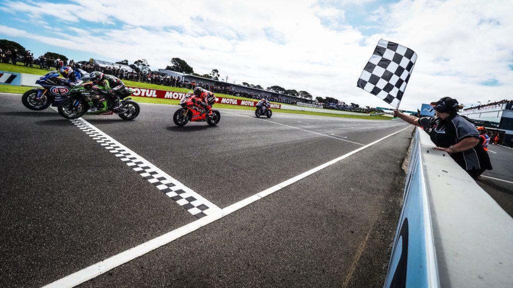 Superbike | Phillip Island, Gara1: Razgatlioglu vince una corsa emozionante