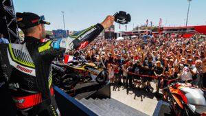Superbike | Le derivate di serie sostengono con un'asta benefica l'Australia