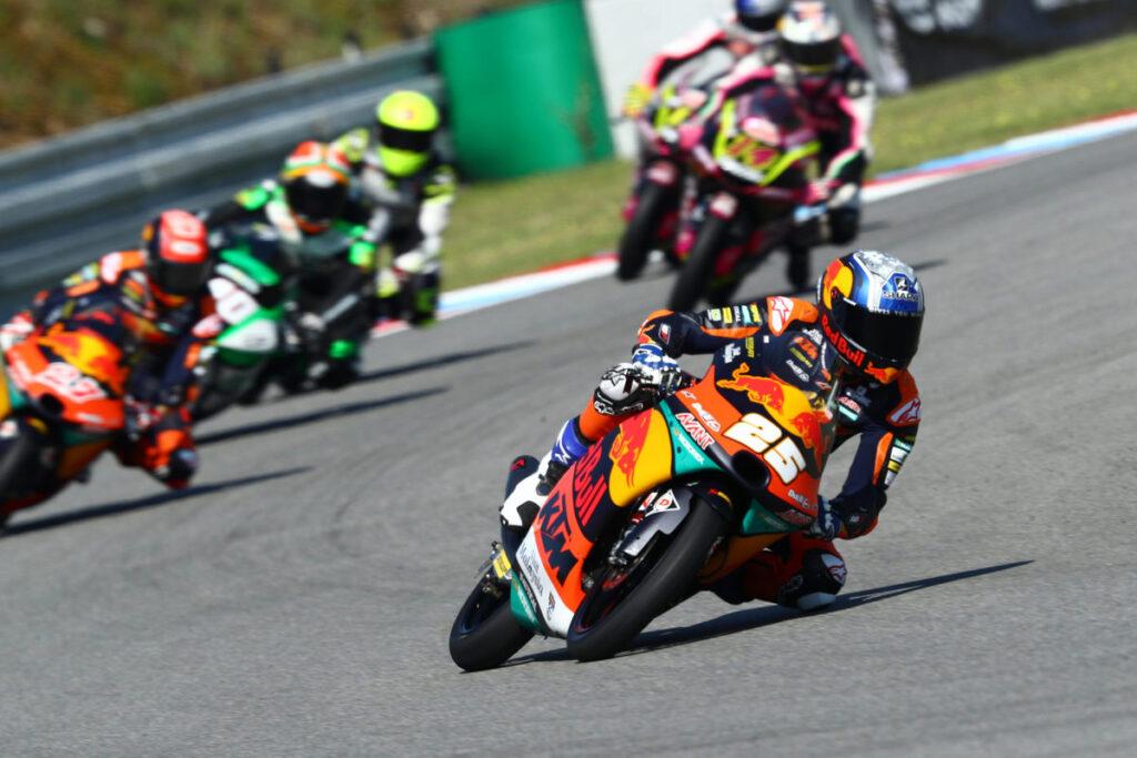 Moto3 | Gp Brno Warm Up: Fernandez si conferma il più veloce