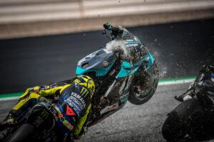 MotoGP | Gp Austria: sfiorata la tragedia, rivivi le emozioni del Red Bull Ring attraverso la nostra Gallery