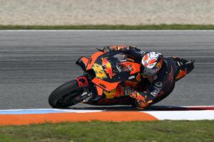 MotoGP | Gp Brno Warm Up: Pol Espargarò al comando, Rossi dodicesimo
