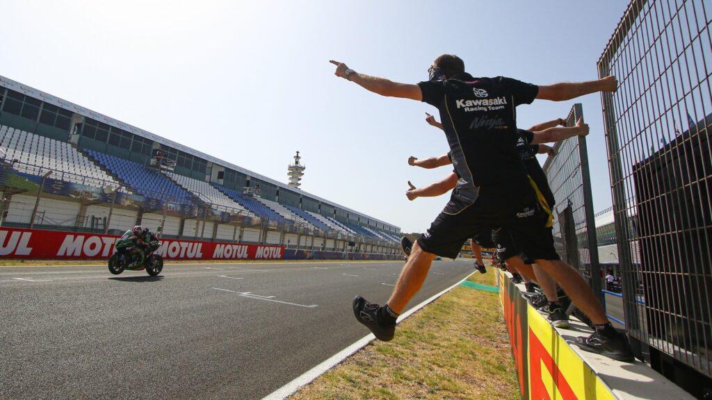 Superbike | Round di Spagna, Tissot-Superpole Race: Jonathan Rea torna alla vittoria
