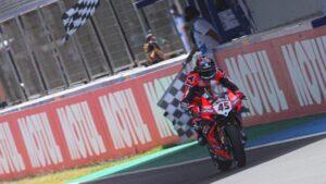 Superbike   Round di Spagna, Gara1: vince Scott Redding