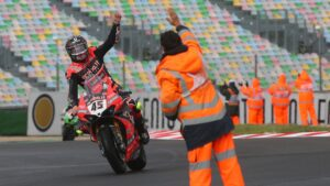 Superbike | Round Magny-Cours, Gara2: Redding vince e non molla la corsa al titolo