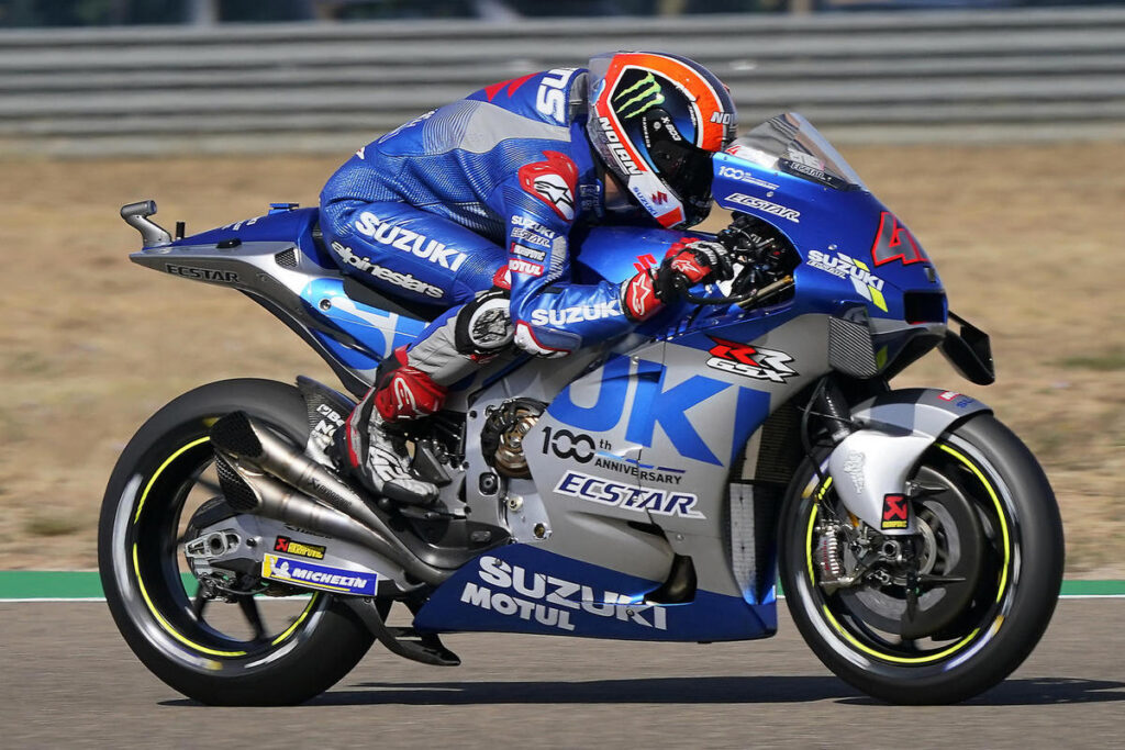 MotoGP   Gp Aragon Gara: Rins resiste e vince su Alex Marquez, disastro Quartararo