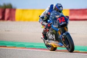 Moto2 | Gp Valencia Gara: Bezzecchi vince, Lowes KO, Bastianini nuovo leader del mondiale