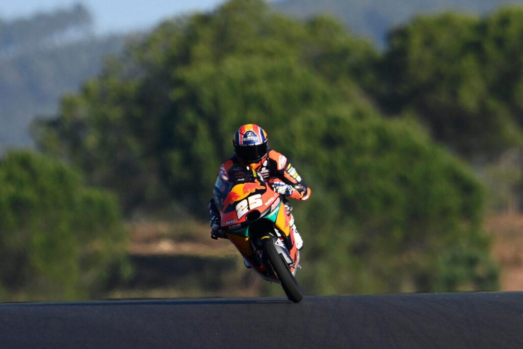 Moto3 | Gp Portimao Qualifiche: Fernandez si prende la pole, in affanno Arbolino
