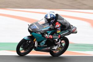 Moto3 | Gp Valencia Qualifiche: McPhee domina sotto la pioggia