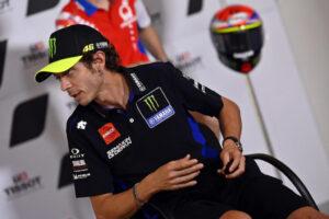 MotoGP | Valentino Rossi negativo al Covid-19, può tornare in pista [VIDEO]