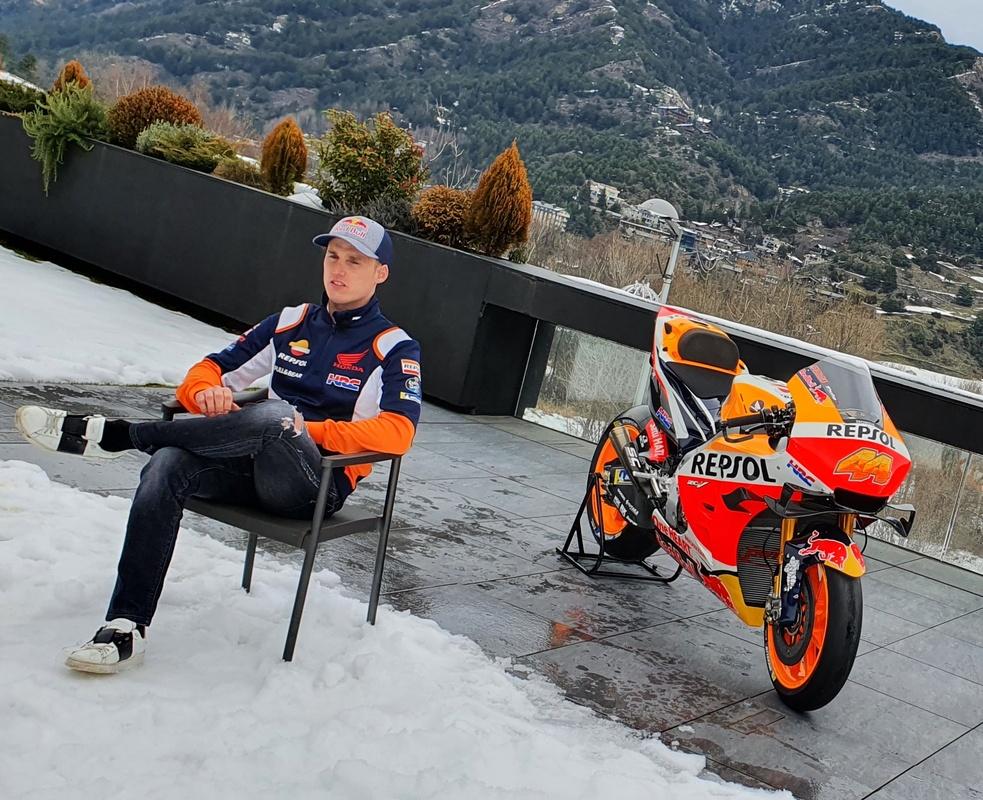 Pol Espargaro firma con Honda: