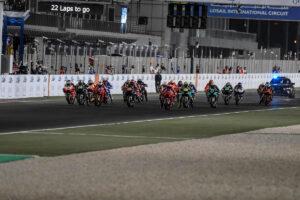 MotoGP | Gp Qatar Gara: Vinales batte le Ducati, Rossi in difficoltà, rivivi le emozioni della gara attraverso la nostra Gallery