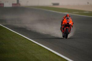 MotoGP | Test Qatar 2 Day 3: sabbia in pista e pochissimi piloti in azione