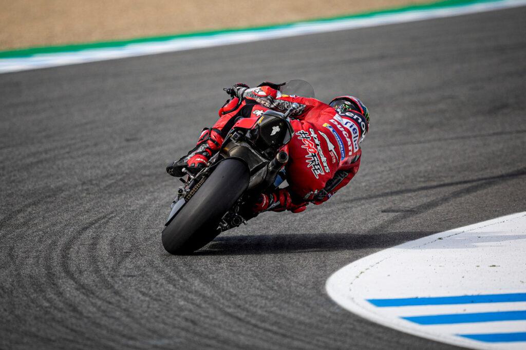 MotoGP | Gp Jerez FP2: Bagnaia porta in vetta la Ducati, Morbidelli è quarto, Rossi 21esimo