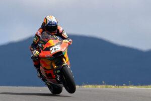 Moto2 | Gp Portimao Gara: Fernandez vince, Lowes KO