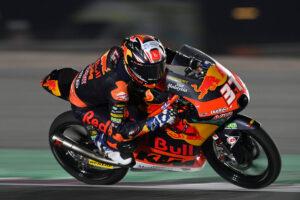 Moto3 | Gp Qatar 2 Gara: straordinario Acosta, vittoria dalla pit-lane, Antonelli sul podio
