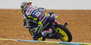 Moto3   Gp Le Mans FP3: pista bagnata, Acosta, Foggia e Suzuki costretti alla Q1