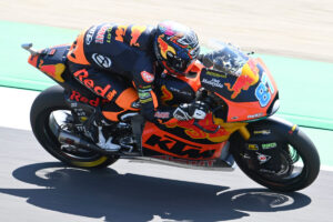 Moto2 | Gp Mugello Gara: Gardner beffa Fernandez, Bezzecchi terzo