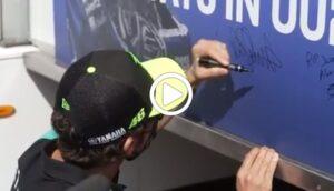 Jason Dupasquier: l'omaggio dei piloti a Montmeló [VIDEO]